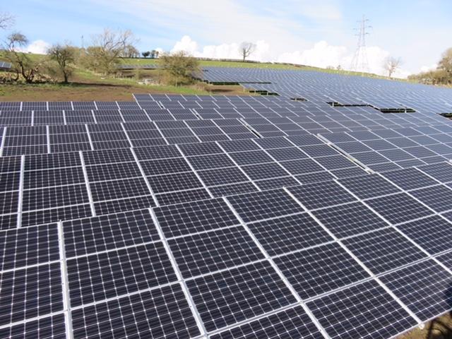 Solarpark Derwyn Farm UK