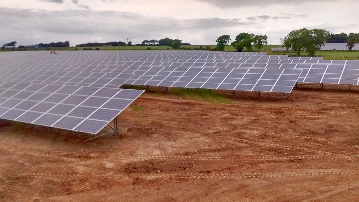 Solarpark New Mains of Guynd (UK)